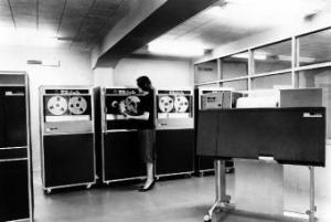Instalación de IBM 1401 en Galerías Preciados (1962).-